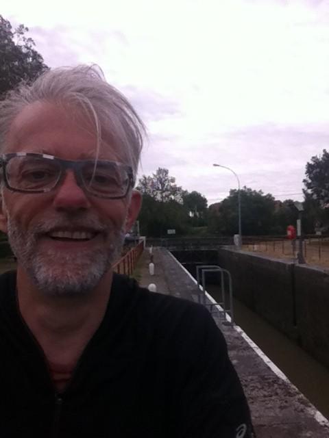 Kleine sluis, groot moment! Ik verlaat de Loire en sla af naar het Canal du Nivernais